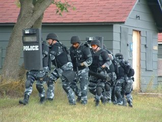 Maneuver Warfare Theory and Law Enforcement Douglas Anderson