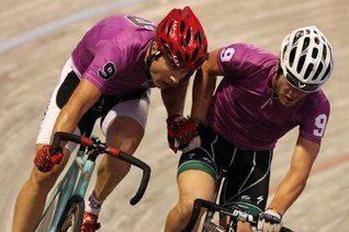 Track Cycling - An Introduction Dan Currell