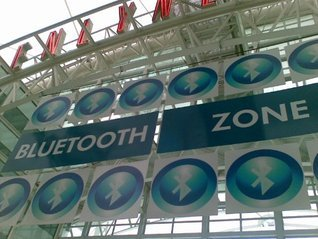 Mobile phones, Bluetooth and location based marketing. Petros Kondos
