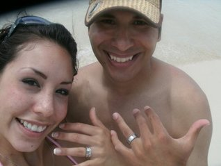 True Honeymoon Story: Husband Finds Wedding Ring Underwater 3 Days Later  by  Daniel Cavazos