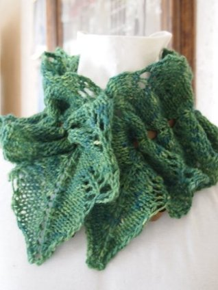 Vine Cowl Single Hand Knitting Pattern Grace McEwen