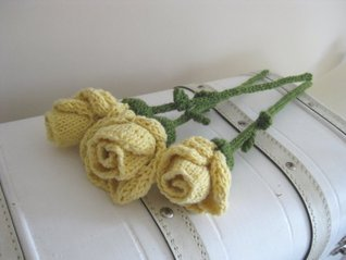 Friendship Roses Knitting Pattern Ellen Kapusniak