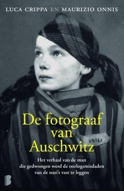 De fotograaf van Auschwitz Luca Crippa