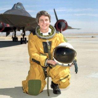Marta Bohn Meyer - Flight Engineer SR 71 Blackbird (Great Women in Aviation Book 12)  by  Henry M. Holden