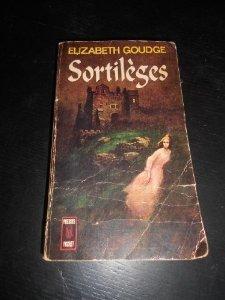 sortilèges  by  Elizabeth Goudge