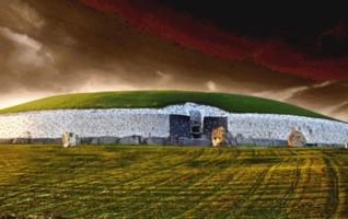 Brú na Bóinne - short story  by  Michael   Daniel