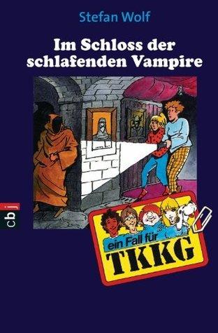 TKKG - Im Schloss der schlafenden Vampire: Band 84  by  Stefan Wolf