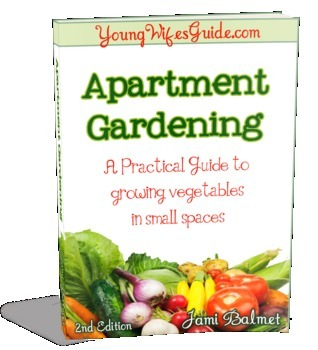 Apartment Gardening: A Practical Guide to Growing Vegetables in small Spaces Jami Balmet