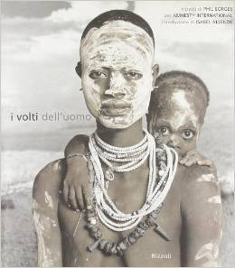 I Volti dellUomo. Ritratti di Phil Borges per Amnesty International  by  Phil Borges