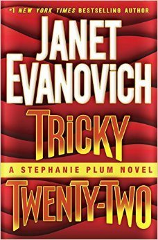 Tricky Twenty-Two (Stephanie Plum #22) Janet Evanovich