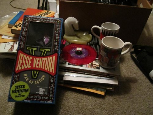 2013 REVISION: What To Buy at Garage Sales, Estate Sales, and Auctions that WILL SELL At eBay and Amazon in 2013, updated--Plus tips on what not to buy  by  Sam Yulish