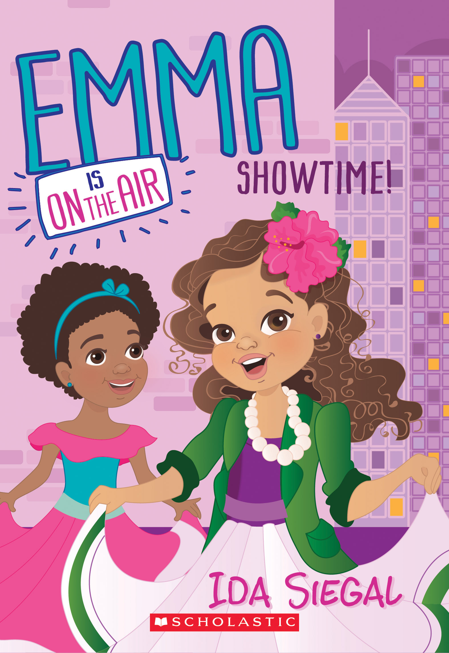 Showtime! (Emma Is On the Air #3)  by  Ida Siegal