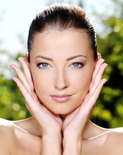 Anti-Aging Secrets and Tips: Stop Aging In Its Tracks Gail