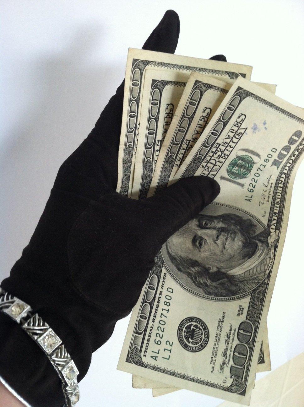 Making Her Cuckolded Piggy Bank Pay  by  Ariane Arborene