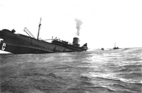 photo Sinking20Ship_zpswcelunpk.jpg